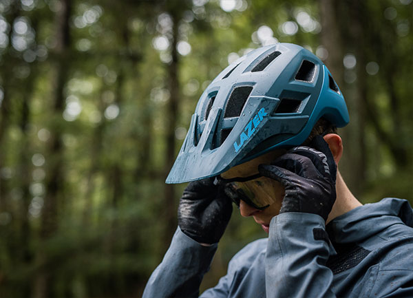 Coyote Helmet Dark Blue 6
